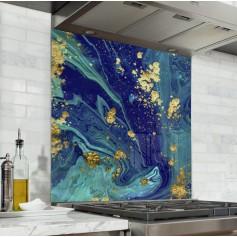 Fond de hotte effet marbre bleu clair, bleu marine et or