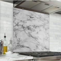 Fond de hotte effet marbre blanc et noir