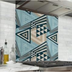 Fond de hotte style scandinave avec composition de triangles bleu, taupe et noir
