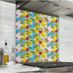 Fond de hotte motifs géométriques jaune et bleu, effet scandinave