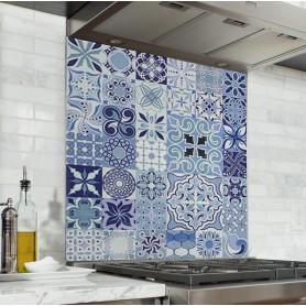 Fond de hotte effet carreaux de ciment bleus clair et marine