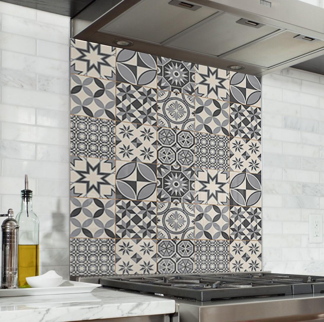 fond de hotte carreaux de ciment gris credence cuisine deco. Black Bedroom Furniture Sets. Home Design Ideas
