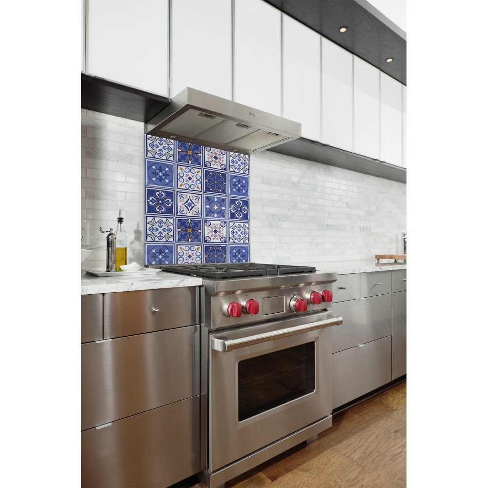 fond de hotte bleu effet carreaux céramique - credence cuisine deco