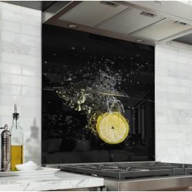 """Fond de hotte de cuisine """"Rondelle de citron jaune plongée dans l'eau"""""""