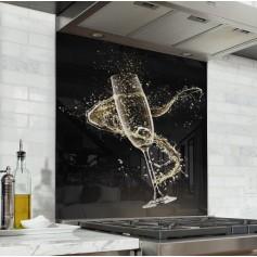 Fond de hotte noir avec flûte de champagne