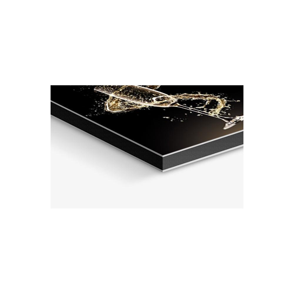 fond de hotte noir coupe champagne verre alu credence cuisine deco. Black Bedroom Furniture Sets. Home Design Ideas