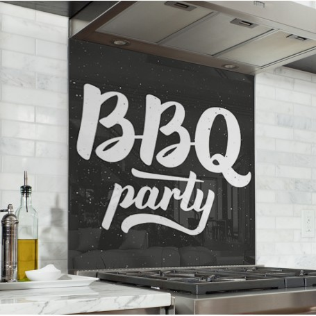 Fond de hotte noir avec inscriptions BBQ Party blanc