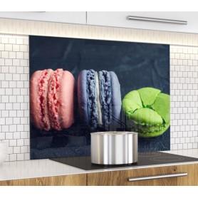 Fond de hotte noir trois macarons : framboise, lavande et pistache