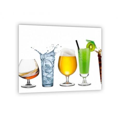 Crédence de cuisine divers cocktails sur fond blanc