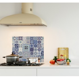 Crédence de cuisine effet carreaux de ciment bleus