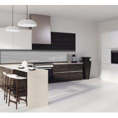 Crédence de cuisine motif zigzag noir et blanc