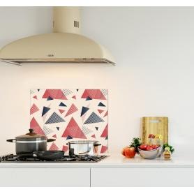 Crédence de cuisine blanche avec triangles gris, corail