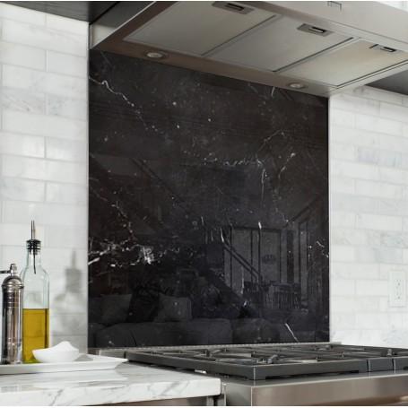 Fond de hotte effet marbre noir - Verre et alu - Credence Cuisine Deco